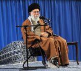 امام خامنهای: همه حواسشان را جمع کنند؛ ممکن است دشمن برای سال ۹۸ نقشه کشیده باشد